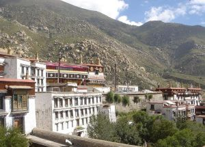 Drepung_monastery