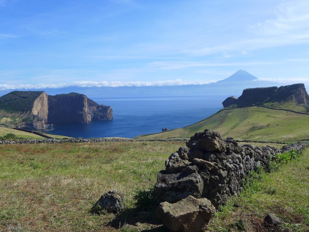 L'Atlantide des Açores et les colonnes d'Hercule