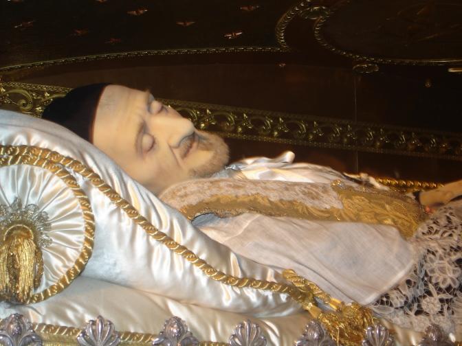 Saint Vincent Depaul et le grimoire du château de Dampierre-sur-Boutonne