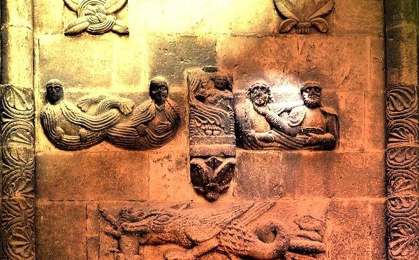 Eleusinia et les écoles de mystères : les premières guildes en Europe